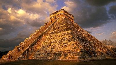 Chichen Itza Airplane Tours